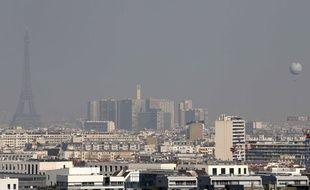 Illustration de la pollution à Paris jeudi 13 mars 2014