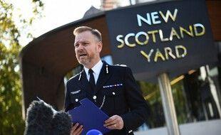 La police continue d'enquêter sur les motivations du suspect.
