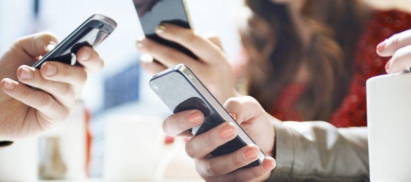 Le smartphone affecte la productivité au travail