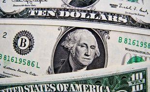 Des billets libellés en dollars américains (Illustration).