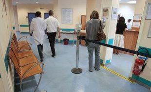 La ministre de la Santé Marisol Touraine a indiqué vendredi à Bondy (Seine-Saint-Denis) que les remboursements à 100% de l'IVG pour toutes les femmes et de la contraception gratuite pour les filles de 15 à 18 ans, votés en octobre, seraient effectifs le 31 mars.