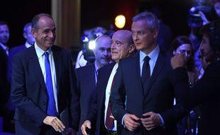 Jean-François Copé, tout sourire, avant le deuxième débat le 3 novembre 2016.