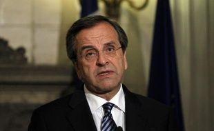 """Le Premier ministre grec, Antonis Samaras, a fixé samedi comme """"priorité"""" à la Grèce un """"rapport positif"""" de la troïka chargée par l'UE et le FMI de veiller à son redressement, pour la maintenir à flot et dans l'euro."""