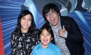 Ryan Kaji, ici avec ses parents, arrive à la première place des YouTubeurs les mieux payés du monde.