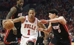 Le meneur de jeu des Chicago Bulls, Derrick Rose, lors du match 1 de la finale de la Conférence Est contre le Miami Heat, le 16 mai 2011, à Chicago.