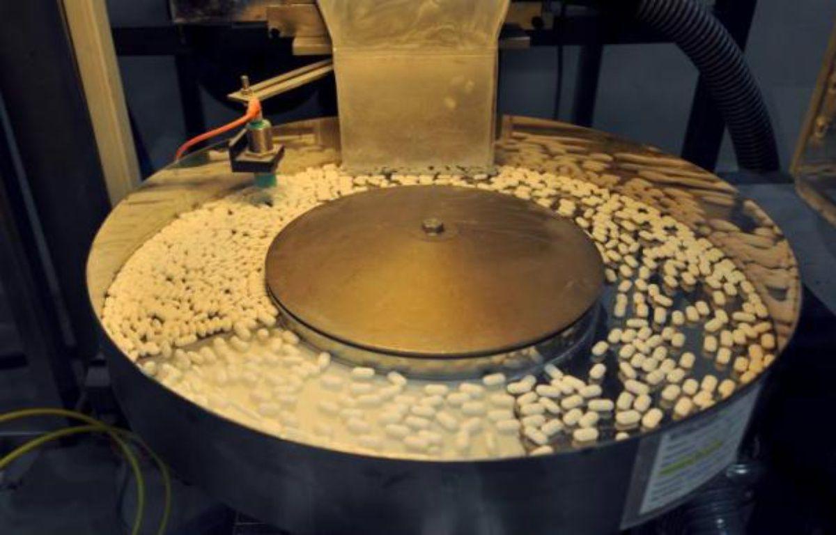 Le prix maximal de la quasi-totalité des marques de paracétamol, dont le Doliprane, baissera de 1 centime à partir du 2 janvier, à 1,94 euro par boîte, avant une nouvelle baisse de 4 centimes programmée au 1er novembre. – Mychele Daniau AFP