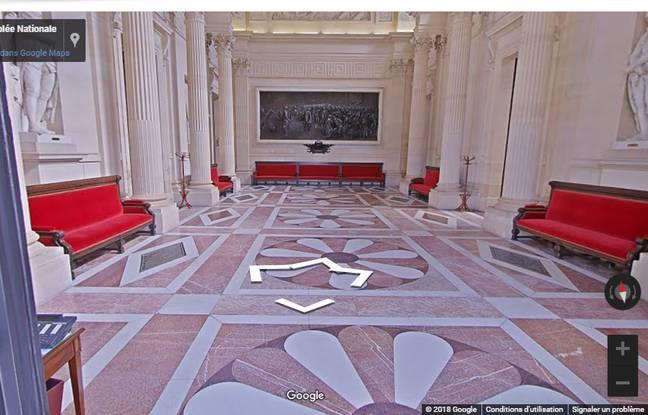 Une visite virtuelle complète du Palais Bourbon et de l'Hôtel de Lassay (où loge son président) est possible grâce à Google Art Project.