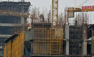 Des bâtiments en construction le 5 juillet 2014 à New Delhi