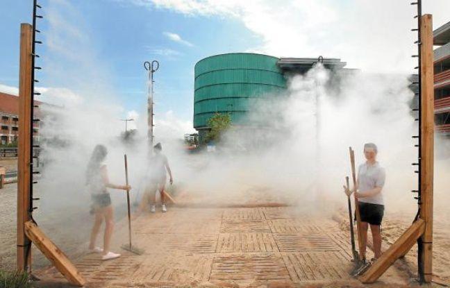 Fraîchement installés, les brumisateurs vont sans doute rencontrer un grand succès les jours de forte chaleur.