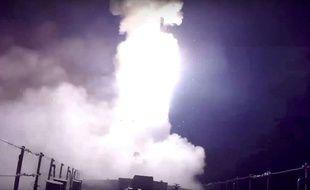 Un missile tiré depuis un navire russe dans la Mer Caspienne, le 7 octobre 2015.