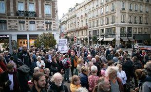 Manifestation à Rouen le 26 octobre 2019, un mois après l'incendie de Lubrizol. (Photo by LOU BENOIST / AFP)