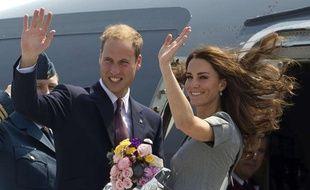 Kate et William quittent Ottawa pour Montréal le 2 juillet 2011, au Canada.