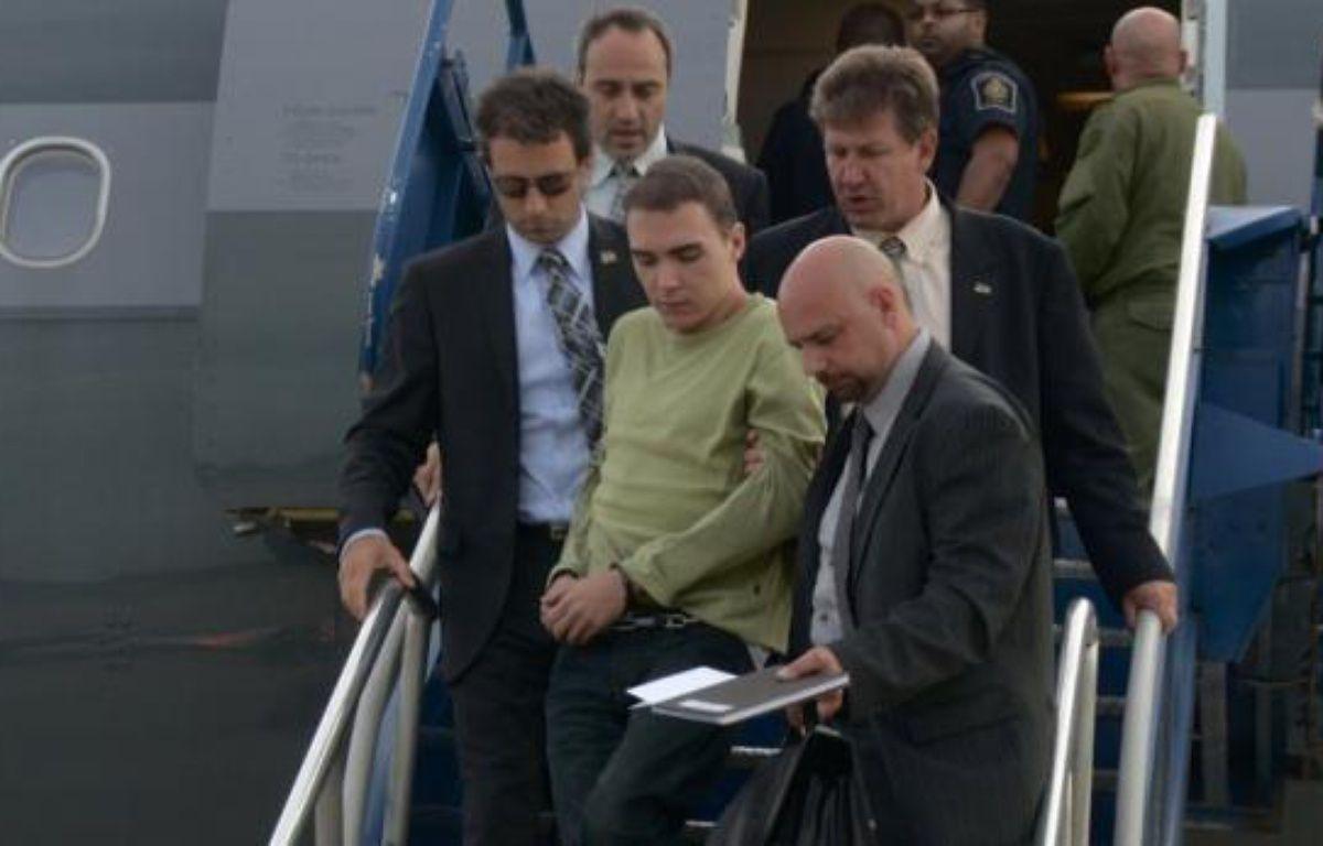 Le Canadien Luka Rocco Magnotta, auteur présumé du meurtre et du dépeçage du corps d'un étudiant chinois, a comparu en personne jeudi au palais de justice de Montréal pour sa deuxième audience depuis son extradition par l'Allemagne lundi soir. –  afp.com