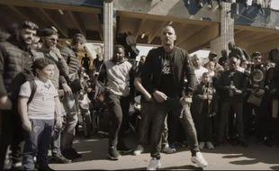 Le rappeur Fianso lors du tournage sauvage d'un clip. (Archives