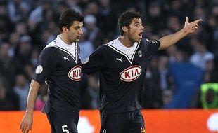 Fernando (à g.) aux côtés de Yohann Gourcuff, le 3 avril 2010 lors d'un Bordeaux - Nancy.