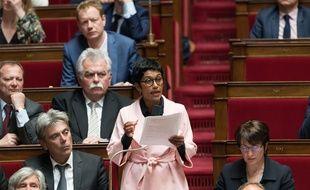 L'ancienne ministre des Outre-mer et députée PS de La Réunion, Ericka Bareigts, a été élue dimanche maire de Saint-Denis.