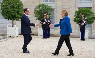 Le scénario inattendu du sommet européen de Bruxelles a illustré la volonté du président français François Hollande de sortir, autant que possible, du traditionnel tête-à-tête franco-allemand pour faire avancer l'Europe, en s'appuyant sur l'Italie et l'Espagne.
