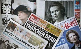 """Les éditorialistes dans le monde mettaient généralement l'accent mardi sur le """"double visage du thatchérisme"""", les uns insistant sur les échecs """"avérés"""" et persistant aujourd'hui de l'ultralibéralisme symbolisé par la défunte Margaret Thatcher, les autres saluant la """"Dame de fer"""" qui sauva l'économie de la Grande-Bretagne."""