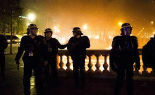 Reporters sans frontières dénonce des violences policières envers les journalistes, en marge des manifestations du 1er mai et du mouvement Nuit Debout.