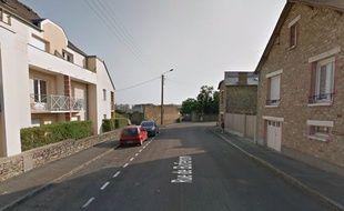 Un mineur a tiré au pistolet d'alarme rue de Buferon à Rennes.