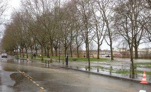 Vendredi et samedi la Garonne est sortie de son lit, débordant sur les berges de la rive droite.