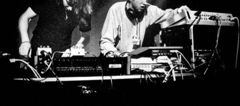 Le duo Daft Punk ici sur la scène de l'Ubu, à Rennes, dans le cadre des Trans Musicales en 1995.