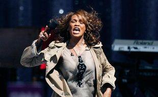 La chanteuse Whitney Houston lors d'un mini concert enregistré à Central Park pour l'émission Good Morning America sur la chaîne ABC, New York, le 1er septembre 2009.