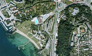 Capture d'écran Google Maps de la piscine municipale d'Aix-les-Bains (Savoie).