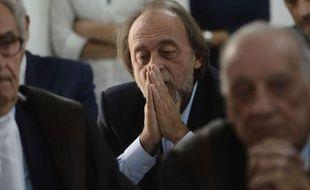 """Les scientifiques italiens, accusés d'avoir sous-estimé les risques avant le séisme meurtrier de L'Aquila en 2009, ont été condamnés lundi à six ans de prison pour """"homicide par imprudence"""" par le tribunal de cette ville des Abruzzes, a constaté une journaliste de l'AFP."""