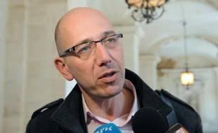 """L'association Anticor a annoncé dimanche à Marseille qu'elle se constituerait partie civile cette semaine dans le cadre de l'affaire Guérini, pour """"représenter la voix des citoyens"""" du département contre la corruption dans ce dossier."""