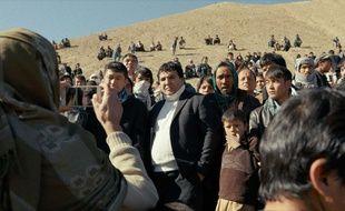 Salim Shaheen et ses fans dans Nothingwood de Sonia Kronlund