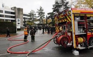Seize départements français ont annoncé, pour la première fois, une réduction des effectifs de pompiers professionnels en raison de la crise économique, selon une enquête réalisée pour la 4e journée nationale des Services départementaux d'Incendie et de Secours (SDIS).