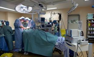 Illustration d'une opération réalisée au sein du CHU de Limoges.