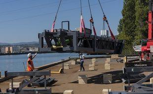 Un parc d'hydroliennes fluviales va être installé dès ce mois d'octobre 2018 sur le Rhône à Caluire, près de Lyon.
