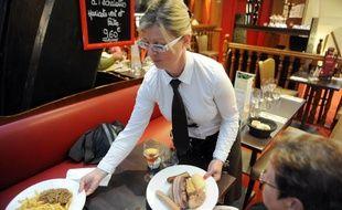 Illustration d'un déjeuner dans un restaurant français.