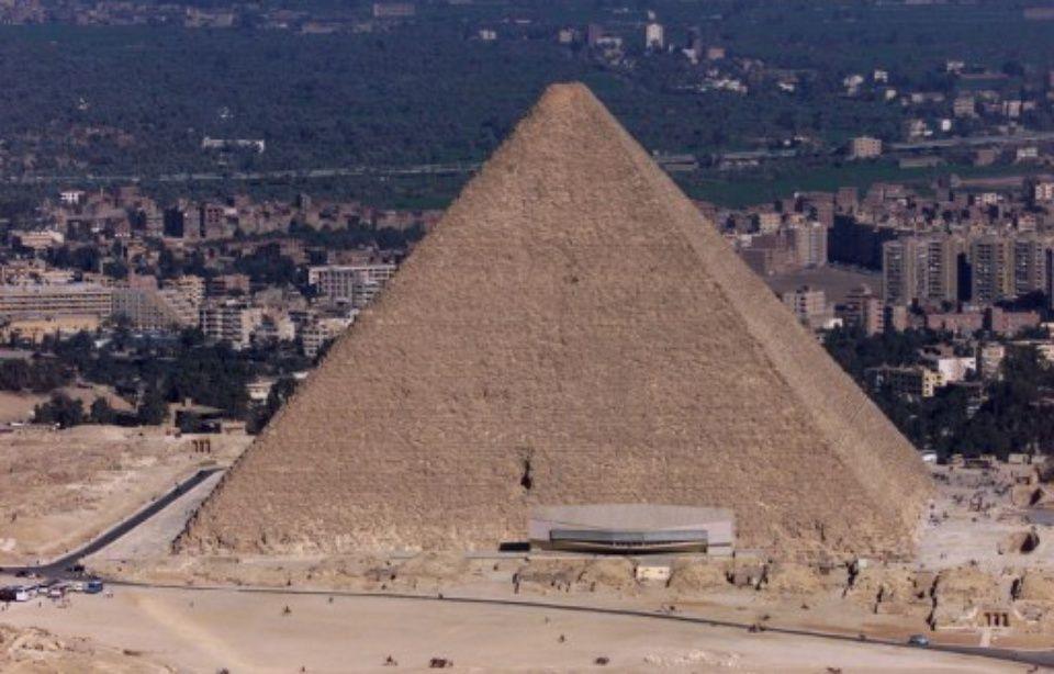 Découverte d'une gigantesque cavité nichée dans la pyramide de Kheops