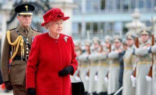 La reine d'Angleterre Elisabeth II en visite en Slovaquie, le 23 octobre 2008.