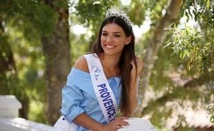 Miss Provence, tatouée au poignet, n'a pas été exclue du concours Miss France, contrairement à Miss Martinique.