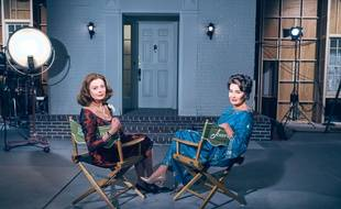 Susan Sarandon (Bette Davis) et Jessica Lange (Joan Crawford) dans la série « Feud : Bette and Joan ».