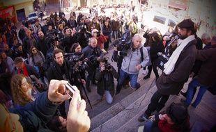 Jusqu'à 300 personnes se sont réunis devant le palais de justice de Nice dans l'après-midi du 4 janvier 2017 pour soutenir Cédric Herrou