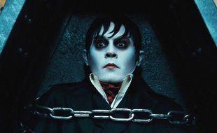 Johnny Depp, dans le rôle de Barnabas Collins, vampire de la comédie d'épouvante de Tim Burton, «Dark Shadows».