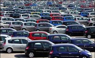 Le marché automobile français a été marqué par une quasi-stabilité pour les immatriculations de voitures neuves en février, les marques étrangères se comportant encore une fois beaucoup mieux que les marques françaises, et Peugeot tirant son épingle du jeu.