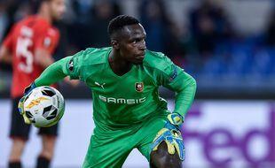 Le gardien sénégalais Edouard Mendy ne portera plus les couleurs du Stade Rennais et rejoint Chelsea.