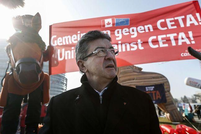 Jean-Luc Mélenchon à une manifetation contre le traité de libre-échange entre l'UE et le Canada, le 15 février 2017 à Strasbourg.