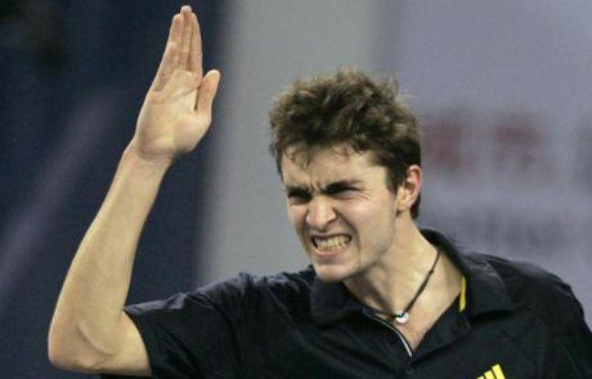 Le tennisman français Gilles Simon, lors de son match contre Murray au Masters de Shanghai, le 12 novembre 2008.