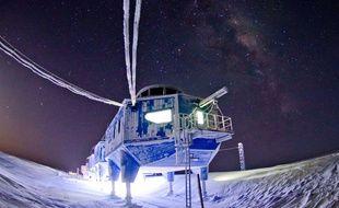 Durant cet hiver 2017, la station britannique Halley VI dans l'Antarctique va être déplacée, en raison des craintes qu'elle ne se retrouve sur un iceberg à la dérive.