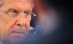 La Russie a refroidi jeudi les espoirs d'un accord sur la Syrie à la réunion de Genève, en maintenant qu'elle ne soutiendrait aucune solution imposée, au lendemain de la présentation par l'émissaire de l'ONU Kofi Annan d'un plan prévoyant un gouvernement de transition.