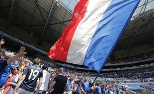 Les supporters de l'équipe de France lors du 8e de finale contre l'Irlande, le 26 juin 2016 au Parc OL.
