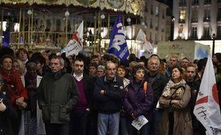 Le rassemblement en soutien aux migrants s'est tenu place Royale