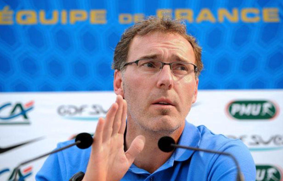 Laurent Blanc, le sélectionneur des Bleus lors de sa conférence de presse à Clairefontaine le 18 mai 2012. – FRANCK FIFE / AFP